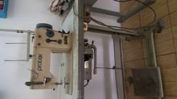 Máquina de costura industrial reta e zig zag