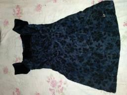 Vestido de festa preto com plush