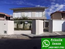 P.S CA0214- Casa lindíssima à 500 m da praia dos Ingleses / 3 dormitórios!!