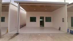 Alugo essa linda casa/fino acabamento, 2vagas de garagem, suite e área de serviço atrás.