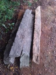 Mourões de pedra granito,  pilar 180/ 200 cm de altura.