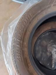 Desapego jogo pneu aro 15 Bridgestone ecopia usado