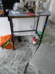 Mesa para naquina de costura
