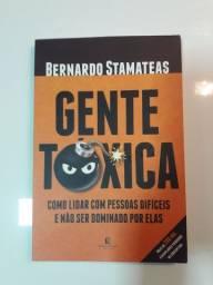 Livro GENTE TÓXICA,  ótimo estado, apenas 30,00 reais