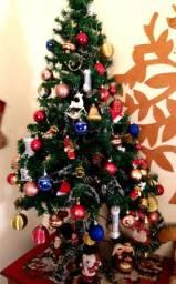 Árvore de Natal completa para buscar hoje 280,00