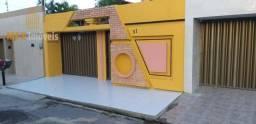 Casa com 3 dormitórios à venda, 237 m² por R$ 520.000,00 - Parque Manibura - Fortaleza/CE