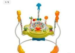 Vendo esse lindo e divertido brinquedo,em ótimo estado, não tem marca nenhuma de uso
