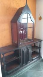 Oratório e aparador antigo