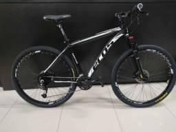 Bicicleta aro 29 com 27 marchas