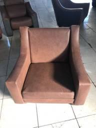 Título do anúncio: Jogo de sofá em couro retrô