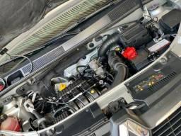 Renault Sandeiro Expression 1.0 12v