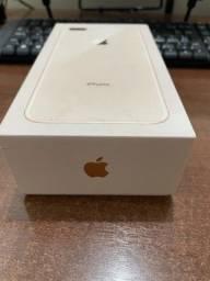 iPhone 8 Plus 64Gb novíssimo na caixa