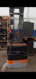 Empilhadeira elétrica EGV 16