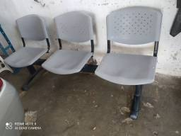 Banco com 3 cadeiras 170,00