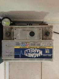 Bateria automotiva magneti marelli em perfeito estado