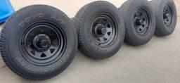 Rodas 16 furação 6x139 Mangels com pneu em bom estado.