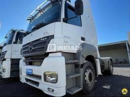 Mercedes bens Axor 2035 4x2 ÚNICO DONO