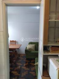 Apartamento à venda com 2 dormitórios em Centro histórico, Porto alegre cod:132460