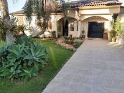 Casa com 3 dormitórios à venda em Içara-SC.
