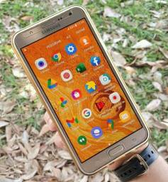 Vendo ou troco Samsung J7 dourado funcionando tudo