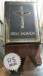 Bíblia Sagrada com Suporte