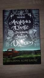 Livro Aristóteles e Dante descobrem os segredos do universo