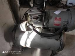 Compressor a óleo