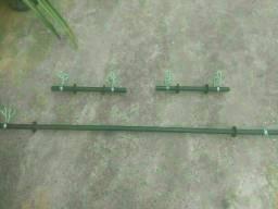Barra de musculação de 1,50m + 2 Halteres de 40 cm + 6 presilhas