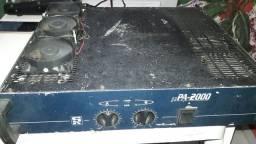 Amplificador PA -2000