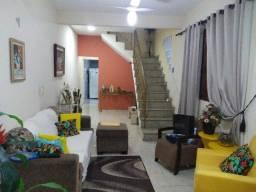 Linda Casa Estilo Colonial Frente de Rua 3 Qts, 3 Vagas e Terreno 5m x 40m Ac. Carta