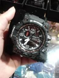 Relógio G Shock e Invicta