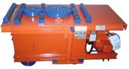 Máquina de dobrar ferro