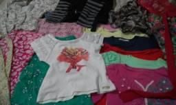 Vendo lotes de roupas infantil serve dos 5 ao 10 anos dependendo da criança