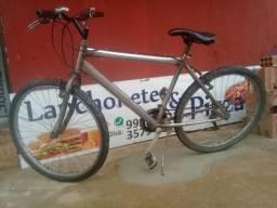 "Bicicleta cromada aro 26"""