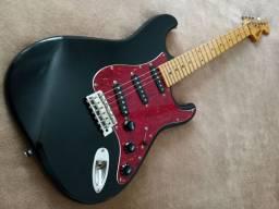 Guitarra Stratocaster Tagima 635 2001 das Antigas, toda Original Baixamos
