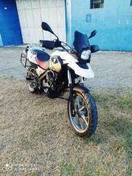 Moto BMW 650 gs nova tá ela