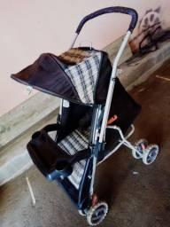 Vendo carrinho d bebe em ótimo estado