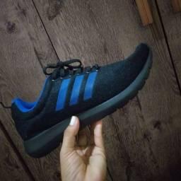 Tênis Adidas n 43