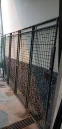 Portão de grade