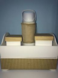Abaju + kit higiene com garrafa térmica