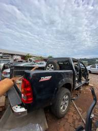 Sucata para retirada de peças- Toyota Hilux 2010
