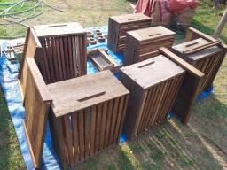 Apicultura ((Colméia  de madeira super resistente))