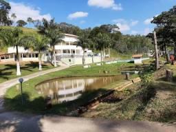 Sítio Chácara Casa Branca Mairiporã com internet, piscina, churrasqueira, campo e lagos