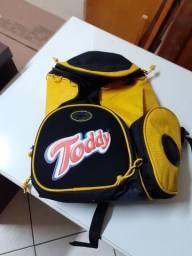 Mochila Toddy c/ Plugue para Música
