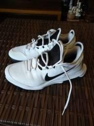 Vendo tênnis Nike número 40
