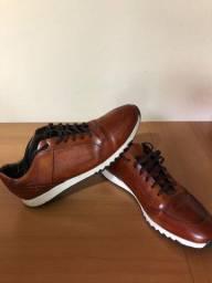Sapato coro macio tamanho 42/43