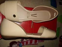 Vendo sandália feminino tamanho 35