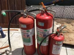 3 Extintoras
