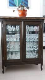 Cristaleira madeira vidro espelho e mármore acompanha 16 taças cristal henring
