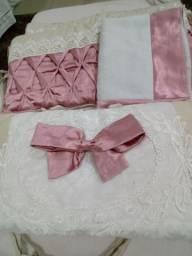 Vendo enxoval rosa seco lindíssimo
